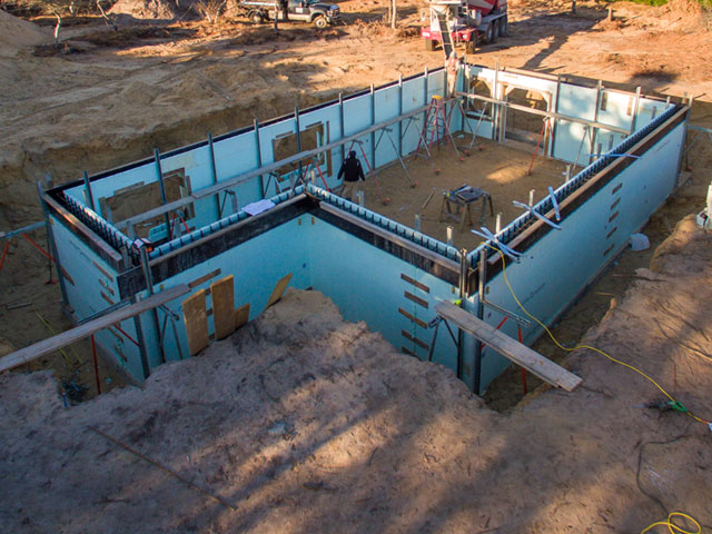 Structural moving construction icf foundation on nantucket for Nudura icf cost